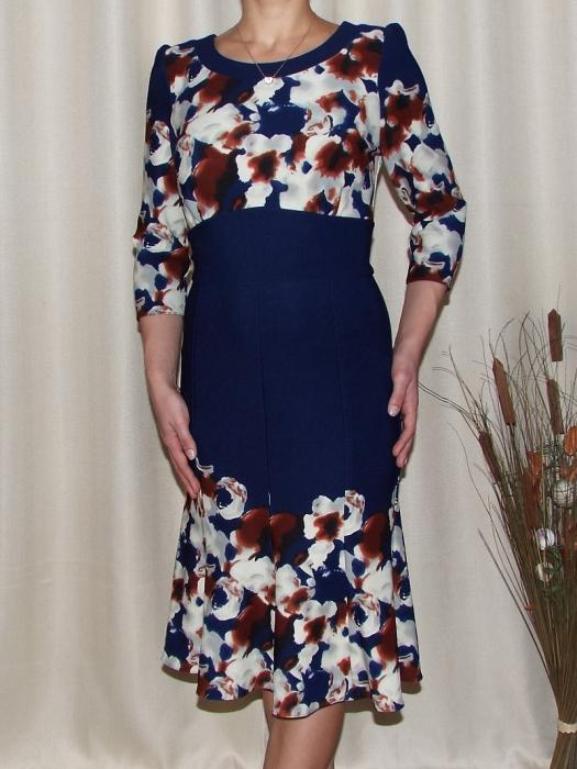 Rochie de zi cu clini si imprimeu floral - Georgiana Bleumarin 0