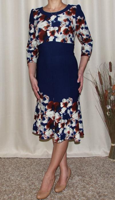 Rochie de zi cu clini si imprimeu floral - Georgiana Bleumarin 1