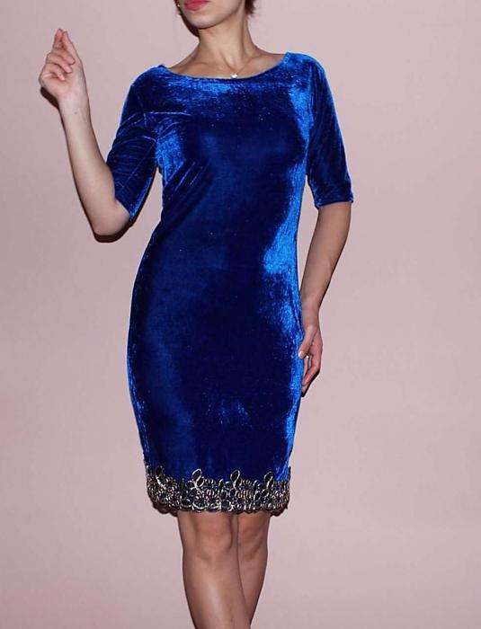 Rochie din catifea albastra cu broderie pe poale – Royal.Albastru 0
