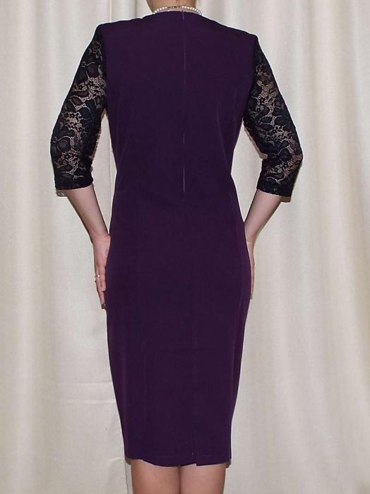 Rochie eleganta cu maneca trei sferturi si accesoriu la gat - Renata Mov 1