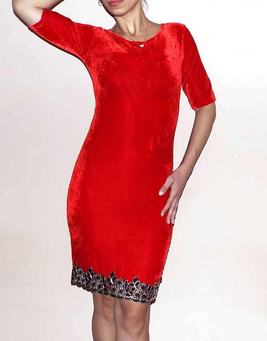 Rochie eleganta din catifea rosie cu broderie pe poale - Royal.R 0