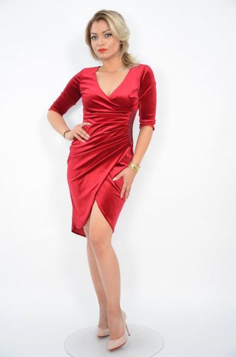 Rochie eleganta din catifea rosie cu decolteu in V - Carolina Rosu 0