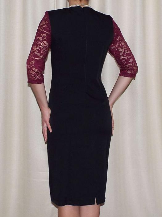 Rochie midi eleganta cu accesoriu la baza gatului - Renata Negru 1