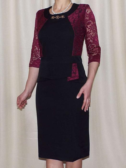 Rochie midi eleganta cu accesoriu la baza gatului - Renata Negru 0