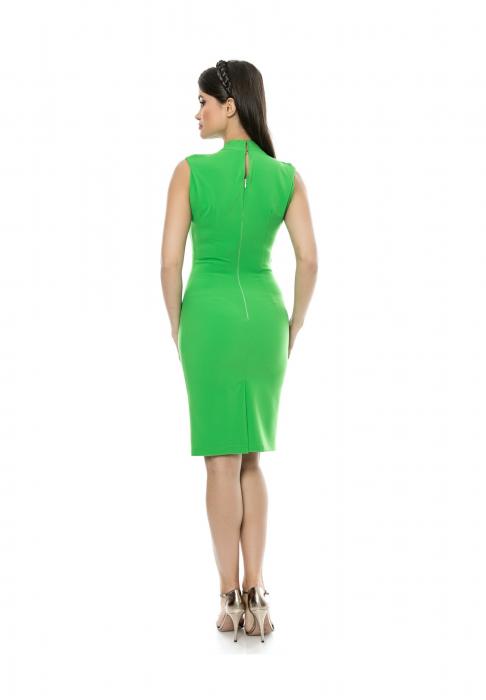 Rochie mulata verde cu decolteu in V si pliuri la umeri - R616 1