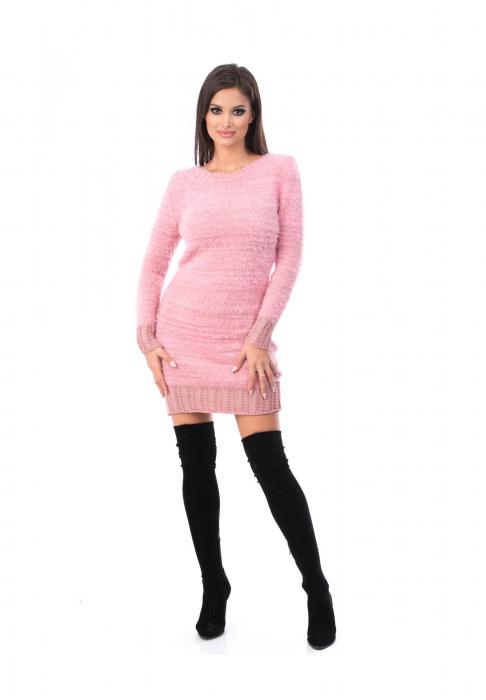 Rochie roz din material pufos cu maneca lunga - R3002roz 0