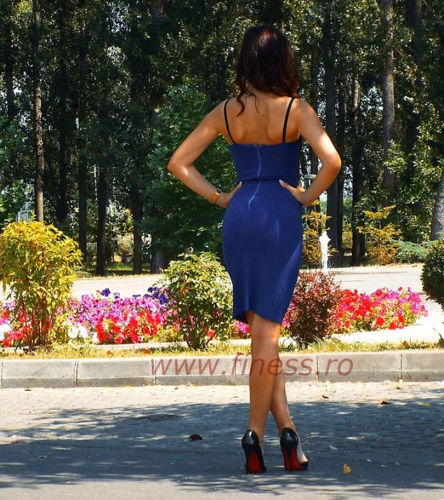 Rochie scurta albastra lycra si broderie -  Blue Bodycon 2