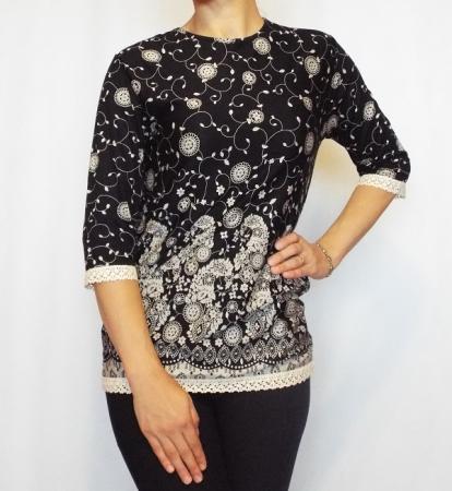 Bluza casual neagra cu imprimeu si maneca trei sferturi- B1250