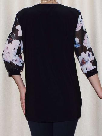 Bluza dama cu imprimeu si brosa detasabila - Sofia Negru1