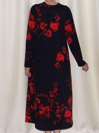 Rochie de zi din crep elastic cu imprimeu floral - Georgia Negru1