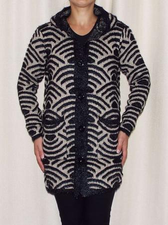 Cardigan dama tricotat cu gluga si buzunare - C023 [1]