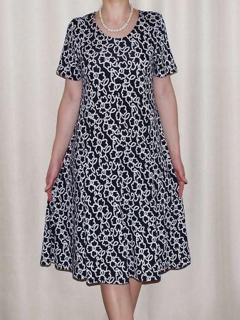 Rochie de zi din vascoza cu maneca scurta - Vera Negru0