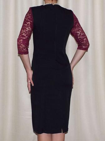Rochie midi eleganta cu accesoriu la baza gatului - Renata Negru1