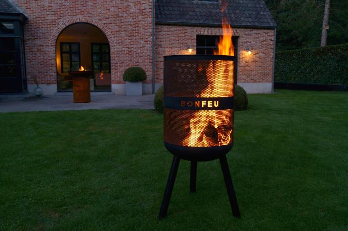 Vatră de foc cu grătar BonVes [1]