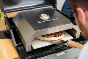 Cuptor pentru pizza Barbecue1