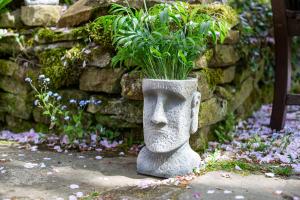 Ghiveci Moai Mediu, H26 x L16 x l17 cm2