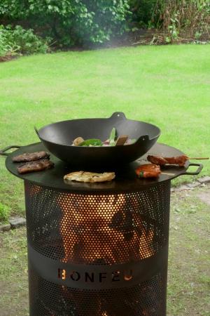 Set Vatră de foc cu grătar și plită BonVes [3]