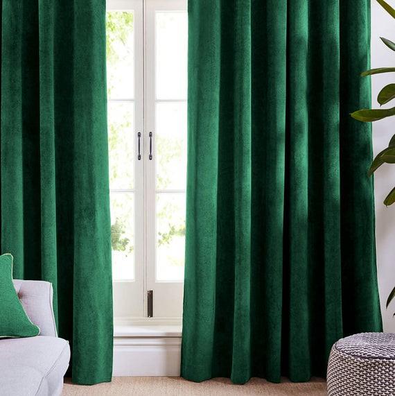 Draperie din catifea cu inele negre, Premium, 200x210 cm, densitate 700 g/mp, Verde Smarald 1