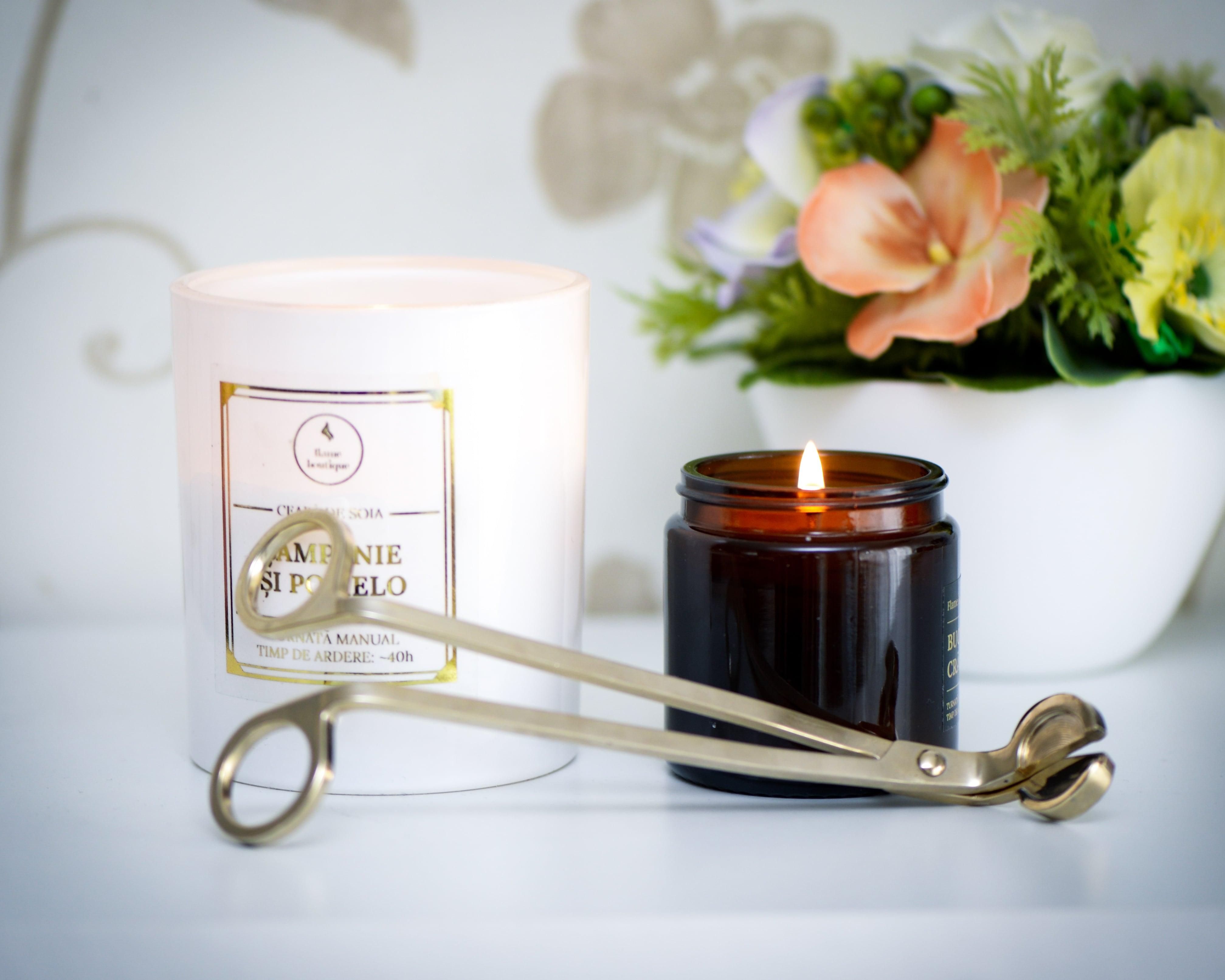 foarfeca fitil lumnari parfumate