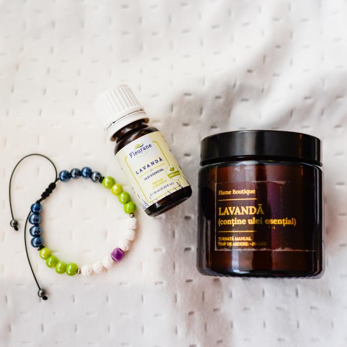 Pachet Relaxare, Lumânare Parfumată Cu Lavandă + Brățară Din Rocă Vulcanică + Ulei Esențial Lavandă Fleurene + Ambalaj Premium [3]