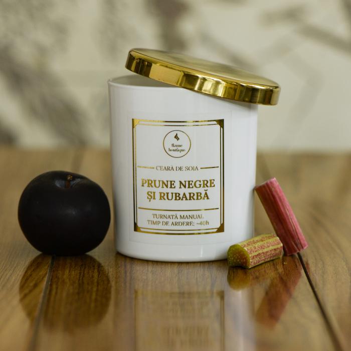 lumanare parfumata prune negre si rubarba [1]