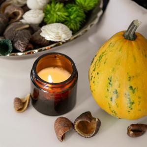 Lumânare parfumată din ceară de soia Măr și scorțișoară | Ambra4