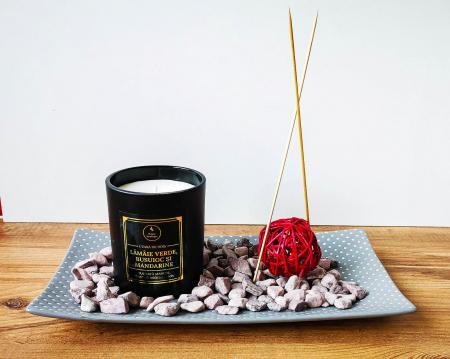 Lumânare parfumată din ceară de soia Lămâie verde, busuioc și mandarine | Premium Negru3
