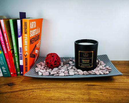 Lumânare parfumată din ceară de soia Orhidee neagră | Premium Negru3