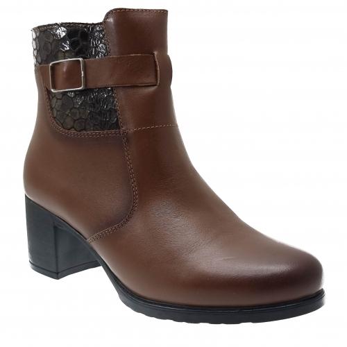 Lichidari de stoc cizme lungi