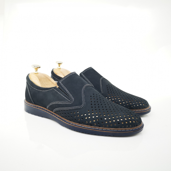 Pantofi de barbati perforati COD-398 2