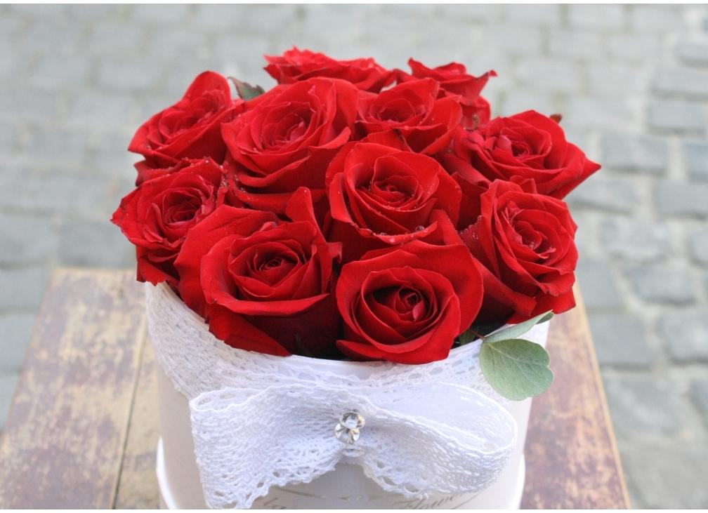 Roses in Box!
