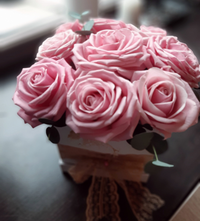 9 Pink Roses in box [1]
