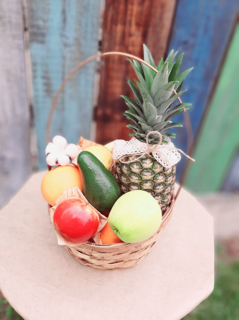 "Pachet cadou ""Family joy!"": flori, fructe si carte!4"
