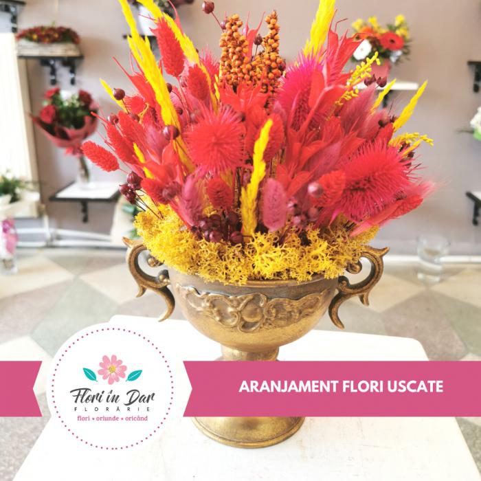 Aranjmant floral flori uscate Roman [0]