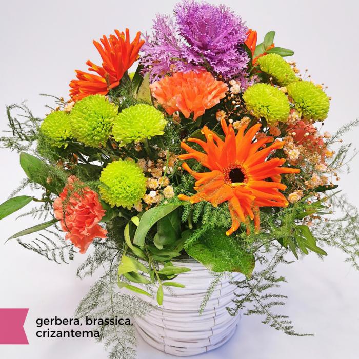 Aranjament floral cu gerbera, brassica, crizantema, florarie Roman [1]
