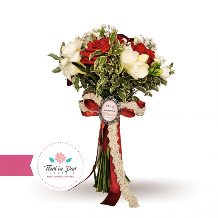 Buchet de mireasa cu trandafiri, frezie, eustoma florarie Roman [0]