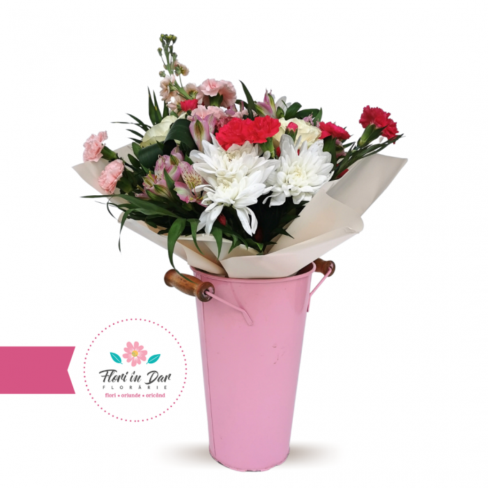 Buchet din mathiola, dianthus, trandafir, crizantema, alstroemeria livrare flori Roman [0]