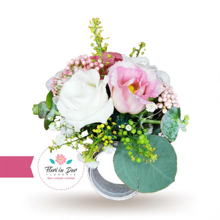 Corsaj tip bratara de mana domnisoare de onoare flori naturale [1]