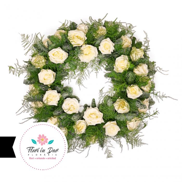 jerba funerara cu trandafiri albi in Roman cu livrare gratuita [0]
