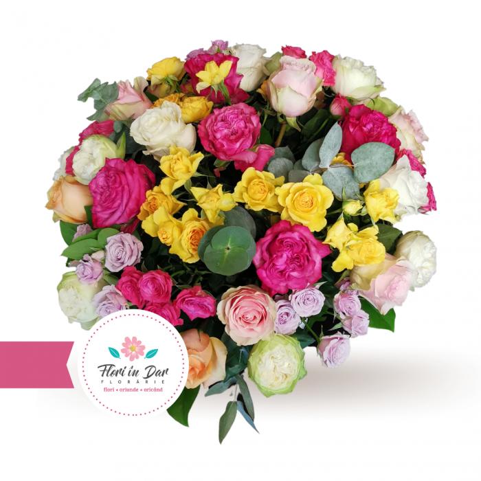 Aranjament premium trandafiri si miniroze [1]