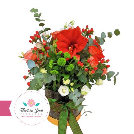 Aranjament floral Roman cu amarilis, hipericum, crizantema, eustoma, trandafir [0]