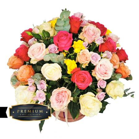 Aranjament cu trandafiri, trandafir tros și eucalipt livrare gratuita Roman [1]