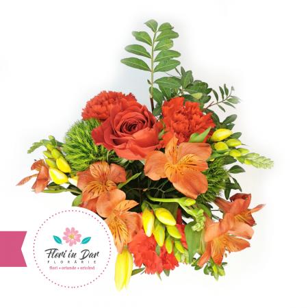 Florarie online Roman Aranjament cu alstroemeria, frezii, garoafe, lalele [1]