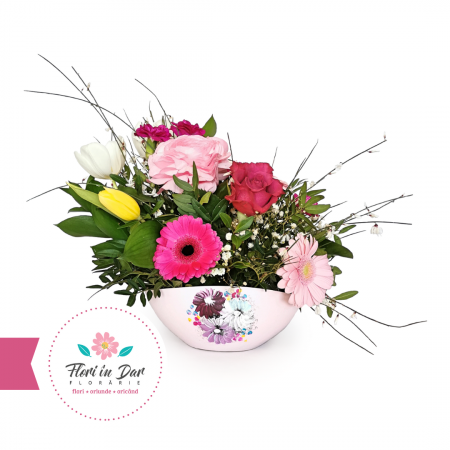 Aranjament în vas ceramic cu gerbera lalele trandafiri florarie Roman [0]