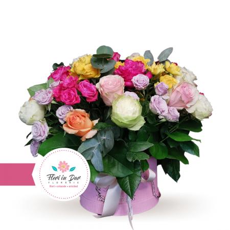 Aranjament premium trandafiri si miniroze [0]