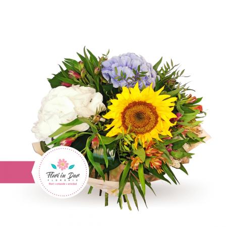 Buchet de flori cu floarea soarelui [1]