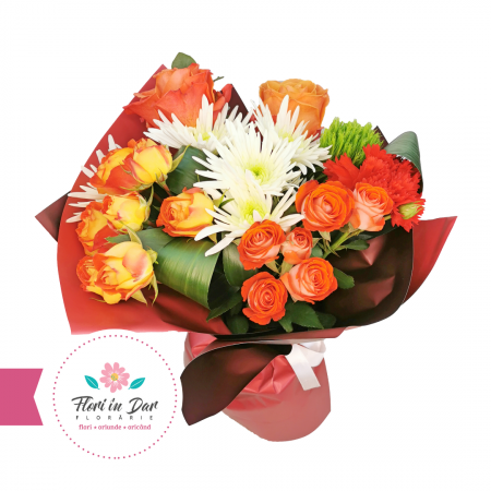 Buchet din trandafiri, miniroze și crizantema Florarie online Roman [1]