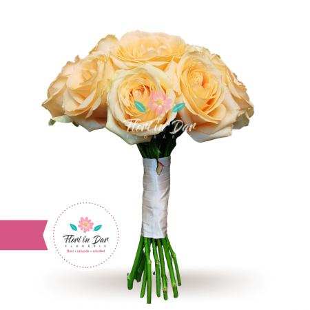 Buchet mireasa trandafiri roz [0]