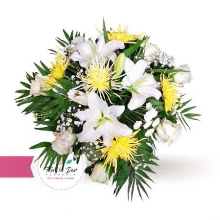 Decor masina nunta trandafiri crini si crizantema [1]