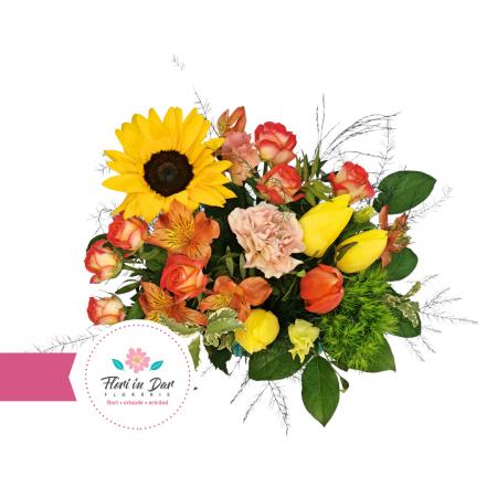 Aranjament cu floarea soarelui, dianthus, lalele, tros livrare flori Roman [1]